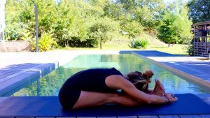 Yoga postures en flexion